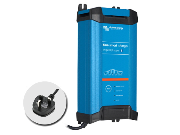 Blue Smart IP22 Charger 24V/16A - 1 Output - UK Plug