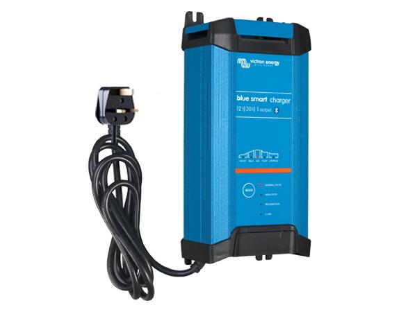 Blue Smart IP22 Charger 12V/30A - 1 Output - UK Plug