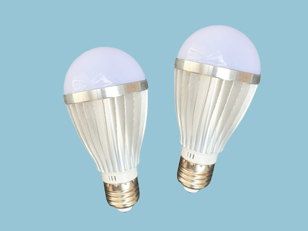 9W-12V DC LED Light Bulbs - Twin Pack